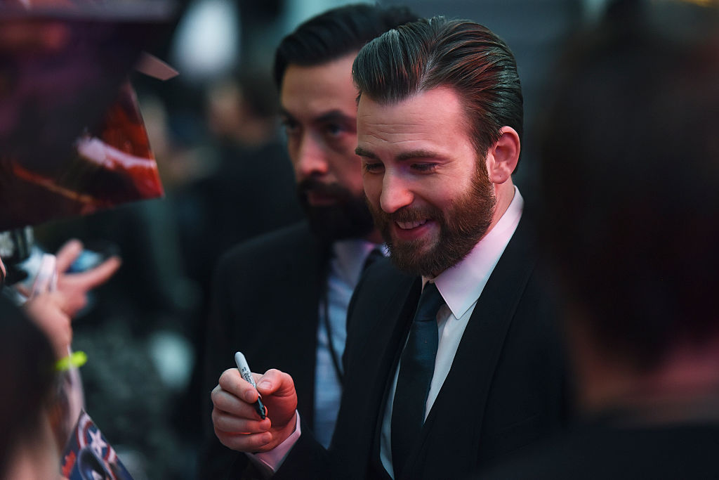 Chris Evans bids farewell to Captain America, and Twitter can't take it