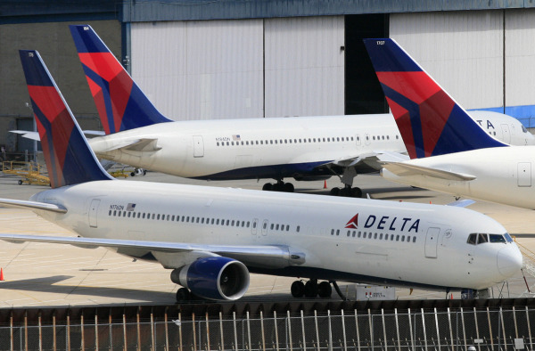 Delta pilot accused of lying about mental health issues to keep flying